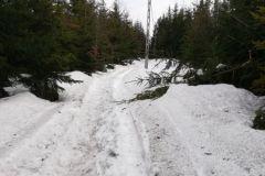 na wierzchołku jeszcze sporo śniegu